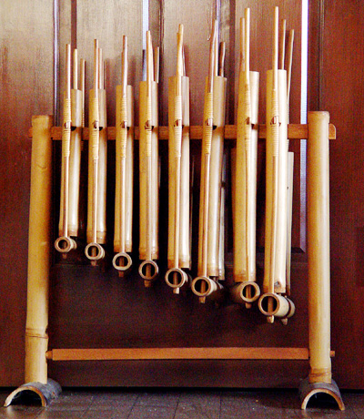 angklung 19 Interesting Ways We Use Bamboo